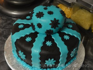 White Chocolate Mud Cake with Fondant